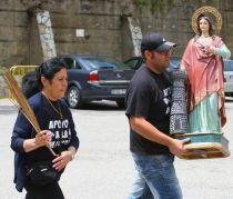 Santa Bárbara en manos de un Minero (Foto César Sánchez)