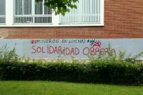 La universidad de Vitoria-Gazteiz amanece llena de pintadas en apollo a los mineros